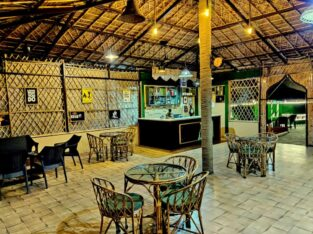 Rajaji Downtown Resort & Cafe